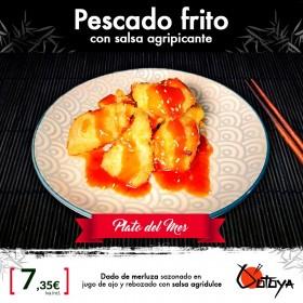 Pescado frito con salsa agripicante